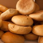 الخبز (كيلوغرام)